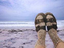 beach sandals.jpg