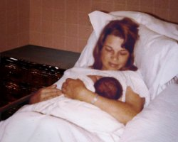 New Mom_2a_Sn.jpg
