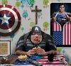 Fat-Captain-America-Eating-a-Hamburger--117836.jpg