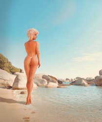 Jenna on the beach 2.jpg